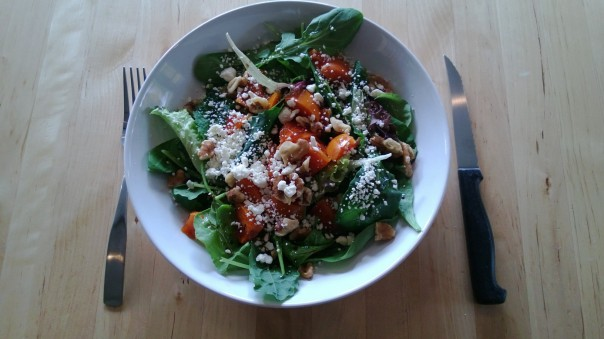 Baby Kale, Baby Arugula, Persimmons, nuts, Feta cheese, salt, pepperr, Balsamic Vinegar, Arbequina Olive Oil